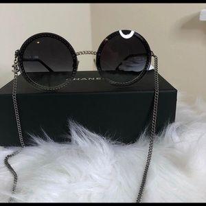 Chanel shades w/chain